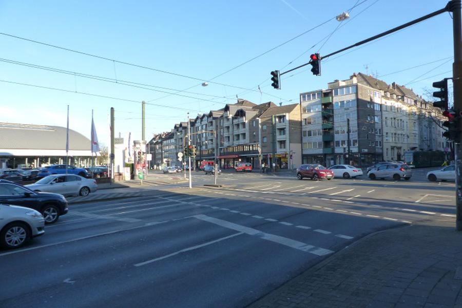 Geh- und Radwege an der Kreuzung Oberbilker Allee/Kruppstraße werden optimiert (Foto: Stadt Düsseldorf/Amt für Verkehrsmanagement)