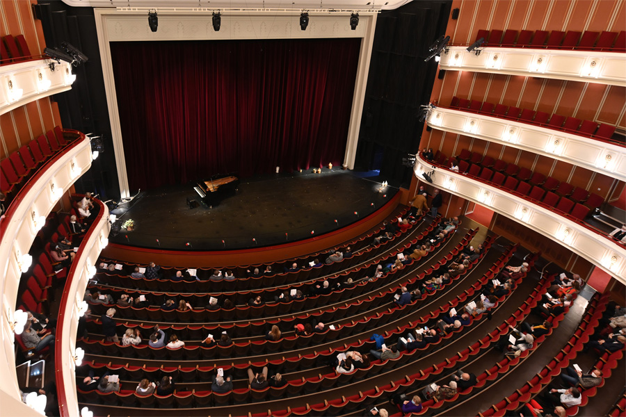 Deutsche Oper am Rhein reagiert auf neue Corona-Schutzverordnung (Foto: Michael Lübke)