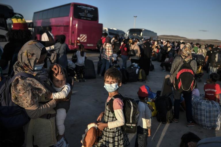 Weitere gut 100 Flüchtlinge von griechischen Inseln in Deutschland eingetroffen (© 2020 AFP)