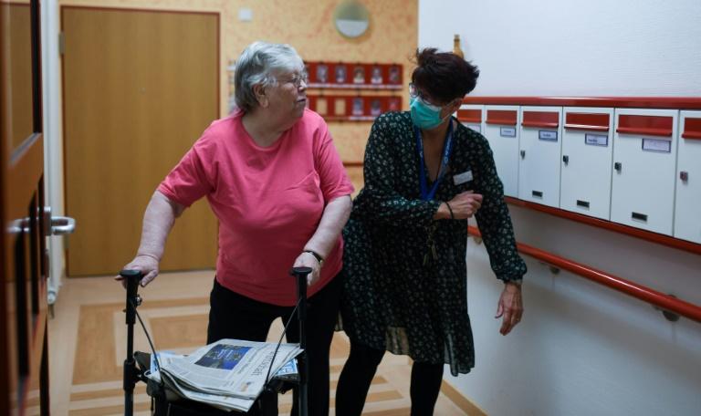 Pflegetagspräsident wirft Spahn Blockade bei Entlastung von Pflegekräften vor (© 2020 AFP)