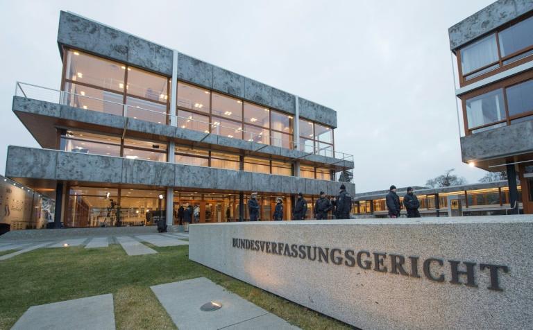Bundesverfassungsgericht lehnt Corona-Eilantrag von Kinobetreiberin in Bayern ab (© 2020 AFP)