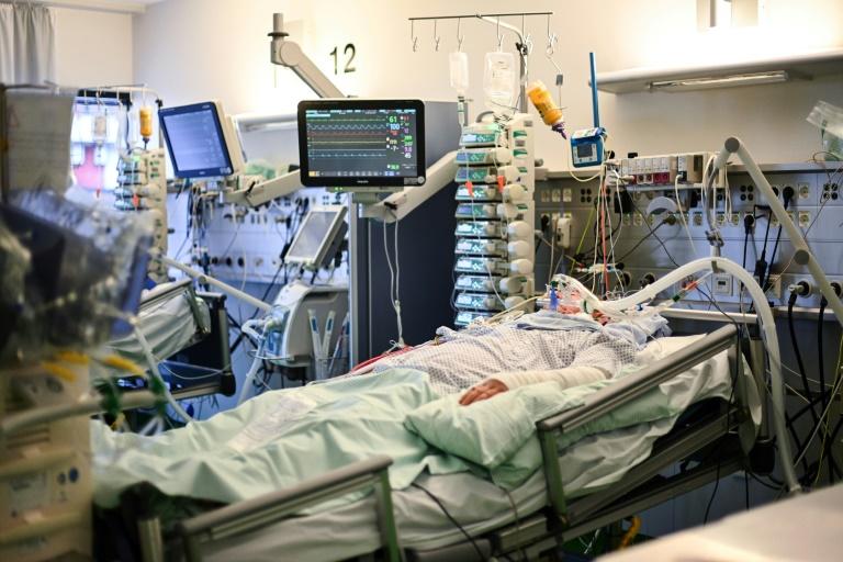 Krankenhausgesellschaft rechnet mit massiven Einschränkungen im Regelbetrieb (© 2020 AFP)