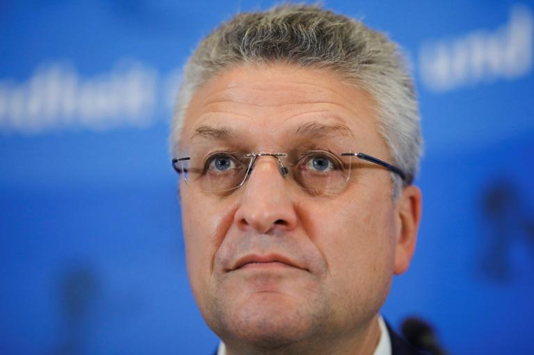 """RKI-Chef Wieler: Corona-Fallzahlen """"immer noch viel zu hoch"""" (© 2020 AFP)"""