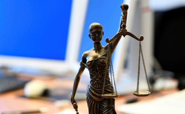 Anklage fordert fast sieben Jahre Haft nach Lastwagenattacke in Limburg (© 2020 AFP)