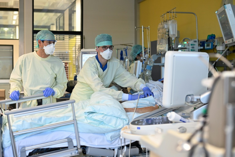 Mehr als 15.700 Corona-Neuinfektionen in Deutschland (© 2020 AFP)