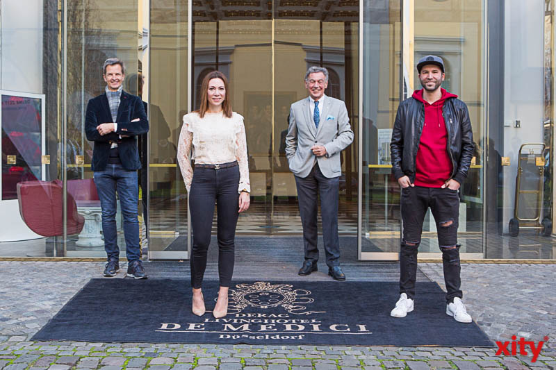 Josef Hinkel, Anja Baudeck, Wolfgang Rolshoven und Enkelson (Foto: xity)