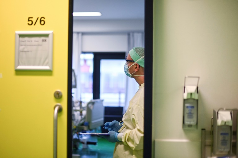 Knapp 17.000 Corona-Neuinfektionen in Deutschland (© 2021 AFP)