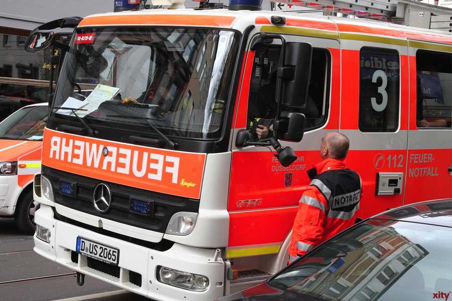 Düsseldorf: Brennende Trafostation auf Firmengelände in Benrath (Foto: xity)