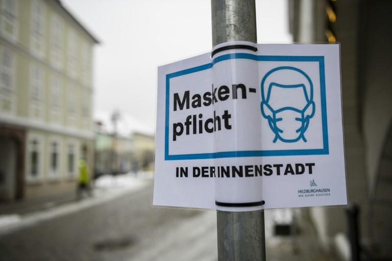 Kipping: Pflicht zur FFP2-Maske schließt Arme vom öffentlichen Leben aus (© 2021 AFP)
