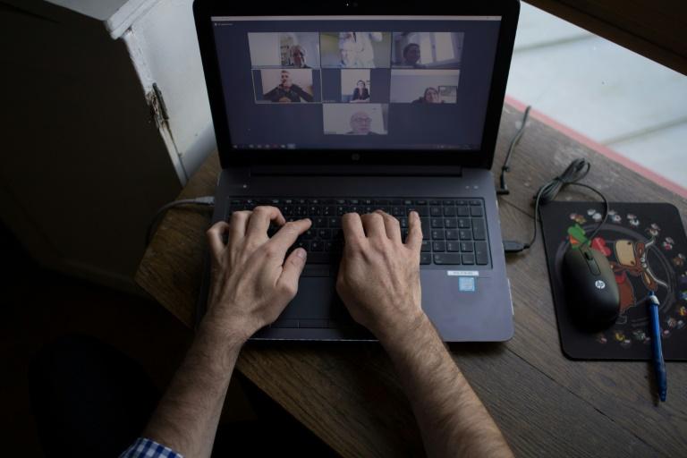 Scheuer will Haushalten mit schlechtem Internet Gutscheine ausstellen (© 2021 AFP)