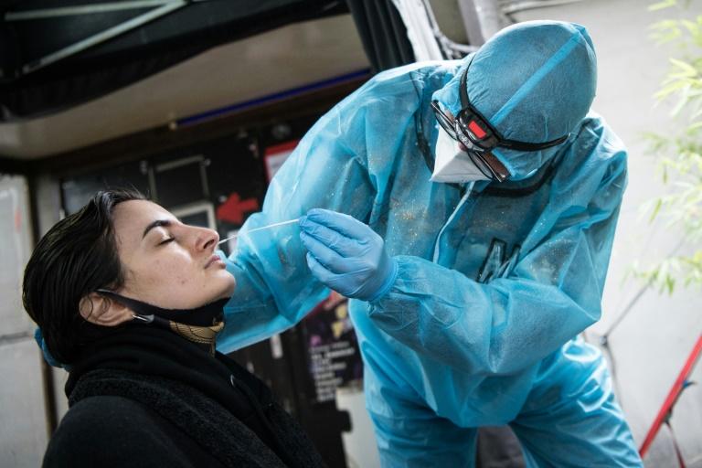 Ärzteverband: Debatte über Lockerungen derzeit fehl am Platz (© 2021 AFP)