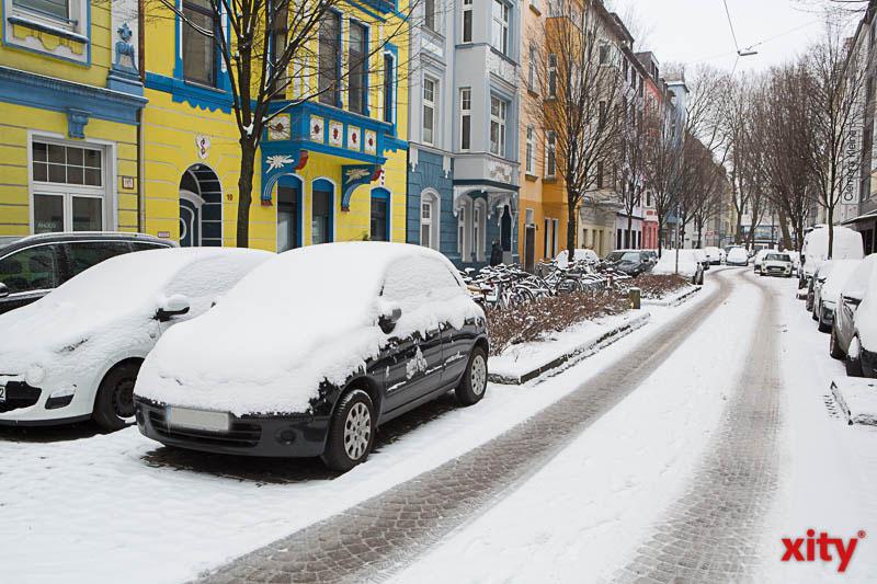 Viele Autofahrer hat der Wintereinbruch besonders hart getroffen (Foto: xity)