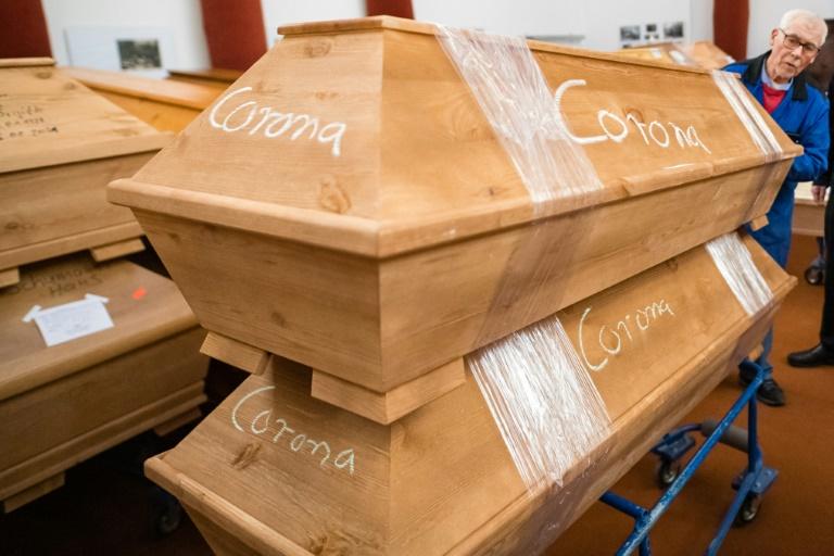 Studie: Die meisten Corona-Todesfälle gehen auf das Virus zurück (© 2021 AFP)