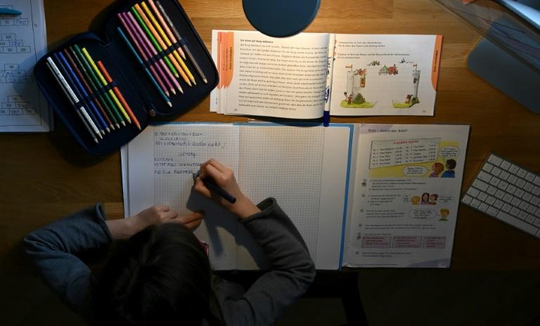 Lehrerverband warnt vor vorschnellen Schulöffnungen (© 2021 AFP)