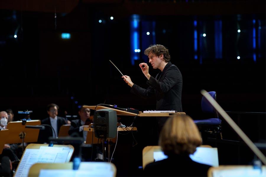 Tonhalle Düsseldorf: Gordon Hamilton ist der neue #IGNITION-Dirigent (Foto: Susanne Diesner)