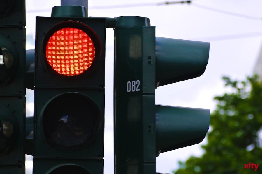 Düsseldorf: Ampelumbau zur Beschleunigung der Straßenbahn 704 (Foto: xity)