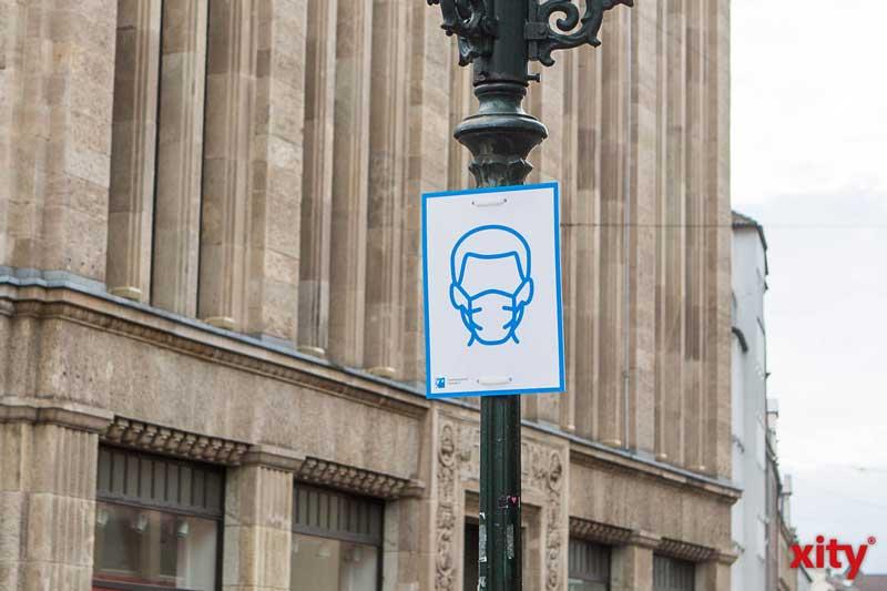 Kurzzeitig ohne Maske in der Innenstadt. (Foto: xity)