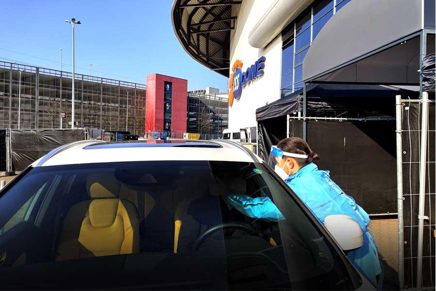 Kostenlose Corona-Schnelltests im Auto (Foto: D.LIVE)