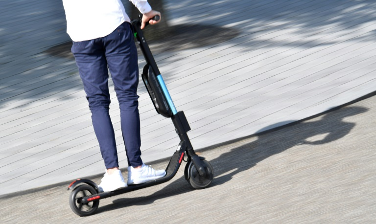 Fast 2300 Menschen bei E-Scooter-Unfällen verletzt oder getötet (© 2021 AFP)