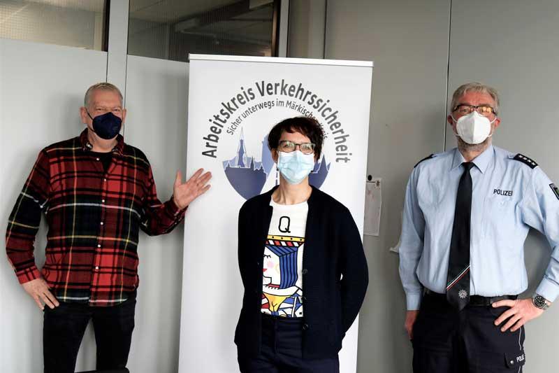 Andreas Nolte, Diana Czech und Andreas Filthaut sprachen in Lüdenscheid über Sicherheitstrainings für Pedelecfahrer. (Foto: Ulla Erkens)