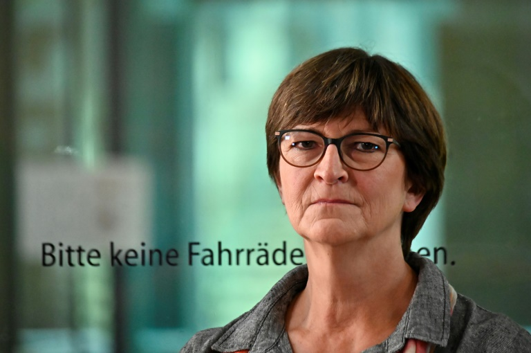 SPD-Vorsitzende fordert Rücknahme der Öffnungen (© 2021 AFP)