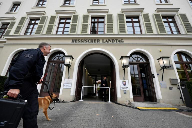 Erste öffentliche Sitzung in Lübcke-Untersuchungsausschuss in hessischem Landtag (© 2021 AFP)