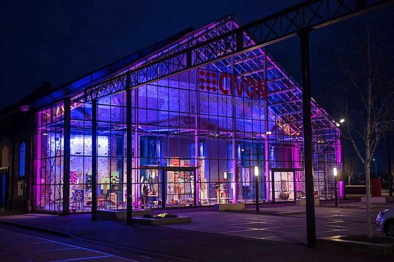 Die Exponate zur Ausstellung werden in der Glashalle der DRU in Ulft (Niederlande) coronasicher gezeigt. (Foto: Klaus Sievers)