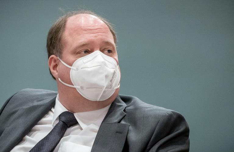 Kanzleramtschef verteidigt vorläufige Beibehaltung von Impfpriorisierung (© 2021 AFP)