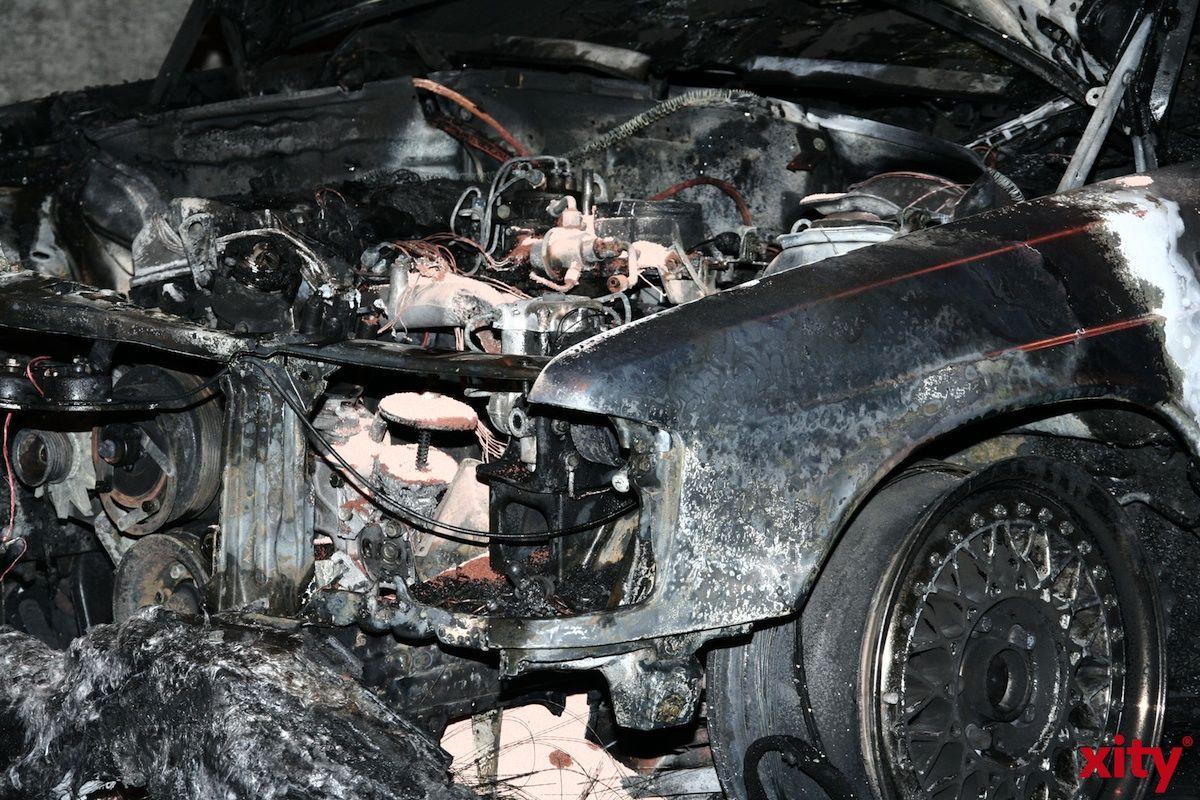 Schätzungen zufolge geraten jedes Jahr mehrere tausend Fahrzeuge in Brand (Foto: xity)