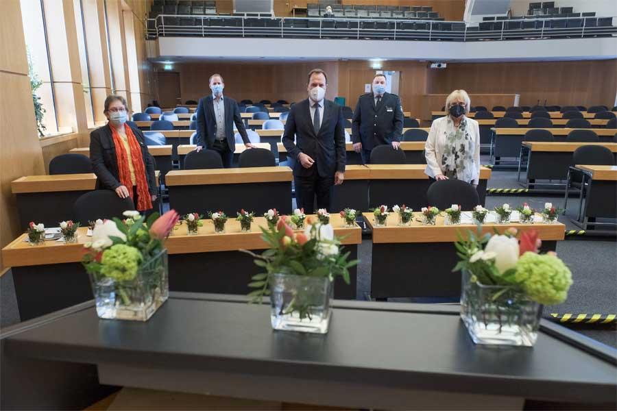 DigiTalk zum Tag der Arbeit im Plenarsaal des Düsseldorfer Rathauses (Foto: Stadt Düsseldorf/Michael Gstettenbauer)