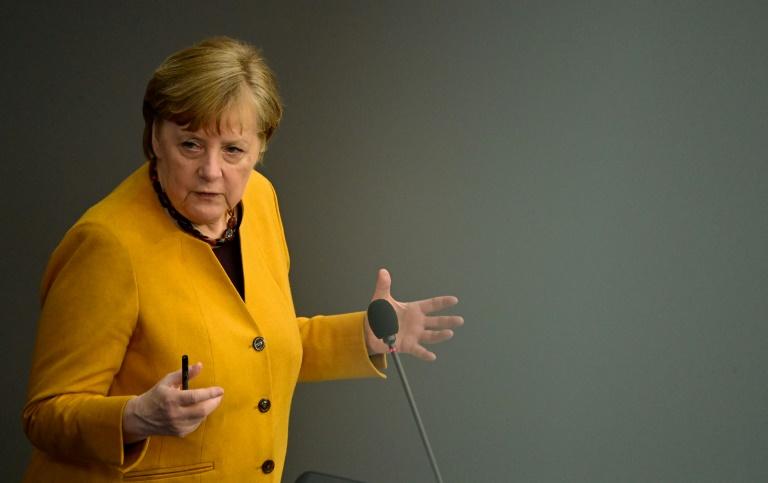 """Merkel ruft Bundesbürger zu """"ruhigem Osterfest"""" auf (© 2021 AFP)"""