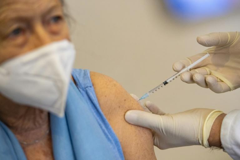 Mehr als zehn Millionen Deutsche mindestens einmal gegen Corona geimpft (© 2021 AFP)