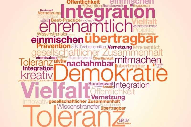 """Die Bewerbungsphase zum 21. bundesweiten Wettbewerb """"Aktiv für Demokratie und Toleranz"""" 2021 hat begonnen. (Foto: BfDT)"""