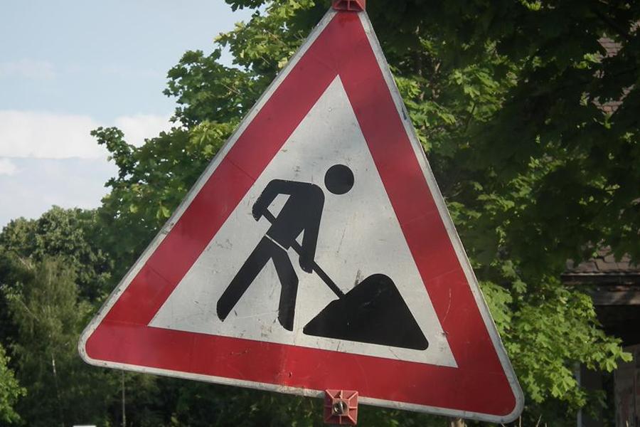 Düsseldorf: Reichswaldallee wird nach Kanalbauarbeiten instand gesetzt (Foto: xity)