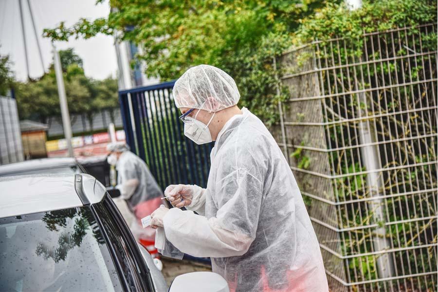 Drive-in mit kostenlosem Bürgertest (Foto: DRK-Landesverband Nordrhein e.V./ Andreas Brockmann)