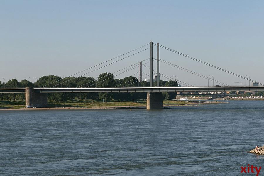 Düsseldorf: Theodor-Heuss-Brücke heute nur einspurig befahrbar (Foto: xity)