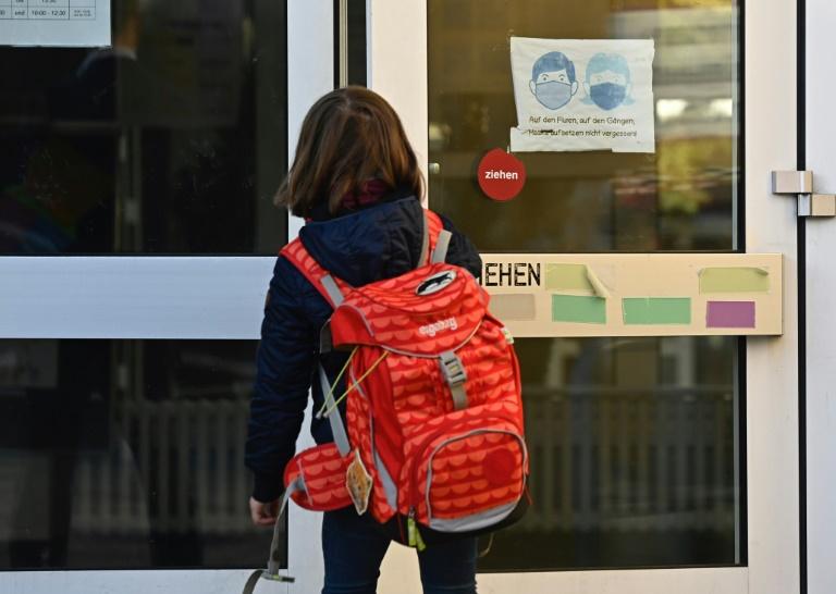 Kultusminister wollen mit Tests möglichst viel Präsenzunterricht ermöglichen (© 2021 AFP)