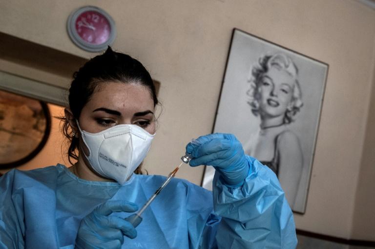 Neuer Tagesrekord bei Corona-Schutzimpfungen erreicht (© 2021 AFP)