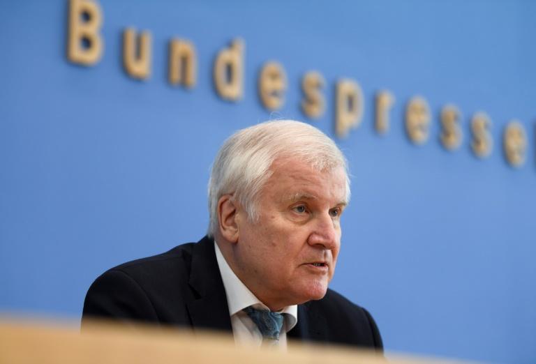Seehofer erwartet Querdenker-Beobachtung durch Verfassungsschutz (© 2021 AFP)
