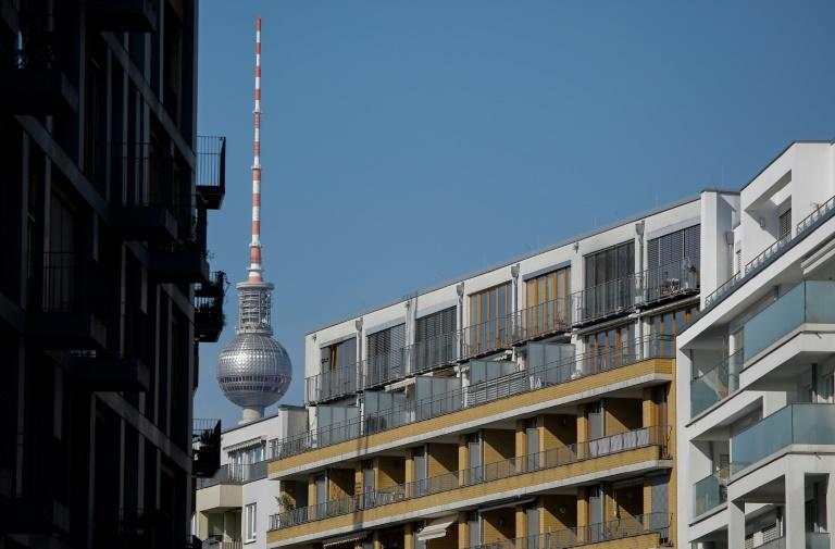 Berliner Senat rechnet nach Mietendeckel-Aus mit 40.000 hilfsbedürftigen Mietern (© 2021 AFP)