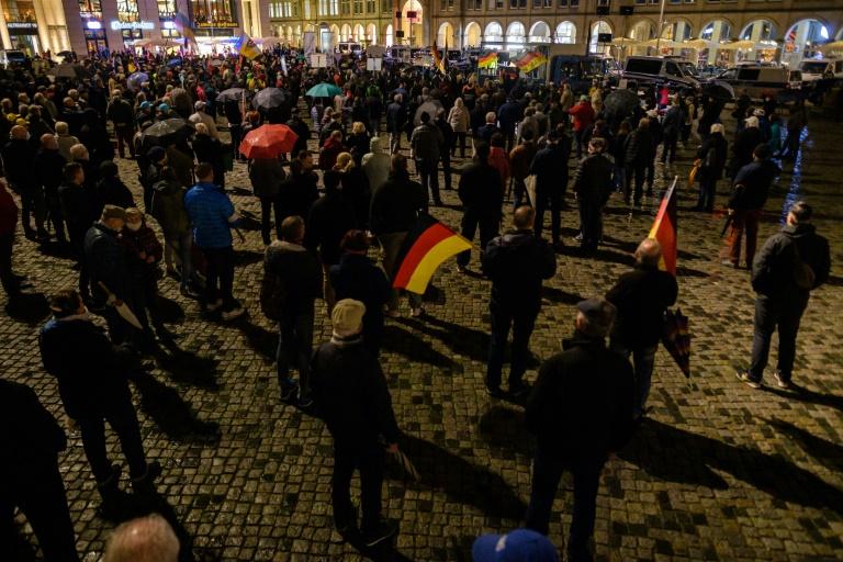 Sächsischer Verfassungsschutz stuft Pegida-Bewegung als rechtsextremistisch ein (© 2021 AFP)