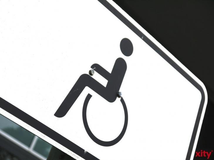 Schwerpunktaktion gegen Falschparker auf Behindertenparkplätzen (Foto: xity)