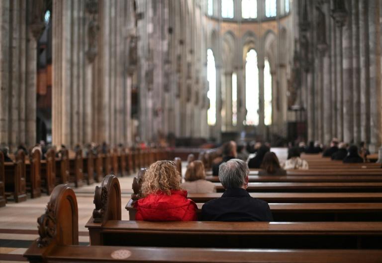 Ökumenischer Kirchentag mit Gottesdienst unter freiem Himmel eröffnet (© 2021 AFP)