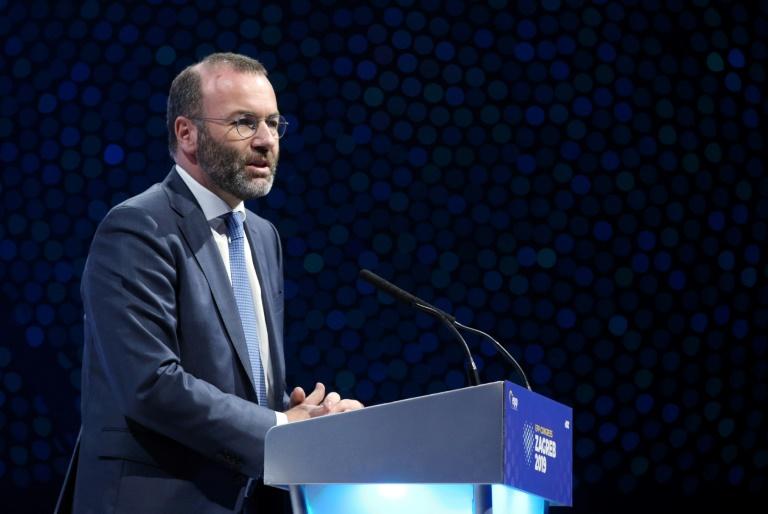 EVP-Fraktionschef macht AfD für antisemitische Demonstrationen mitverantwortlich (© 2021 AFP)