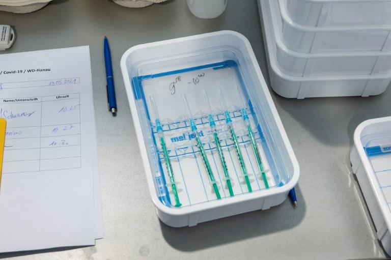Politbarometer: Wachsende Zufriedenheit mit Impffortschritt in Deutschland (© 2021 AFP)