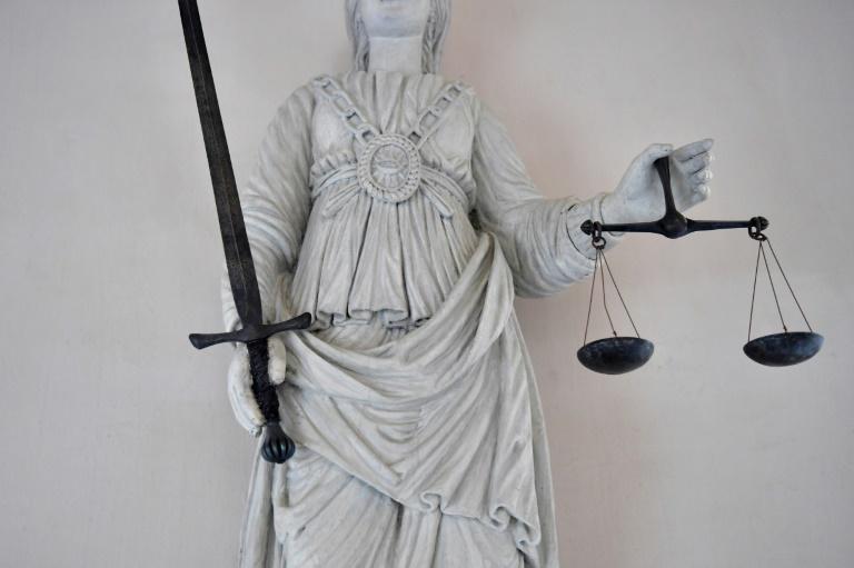 Mutter der fünf getöteten Kinder von Solingen ab Juni wegen Mordes vor Gericht (© 2021 AFP)