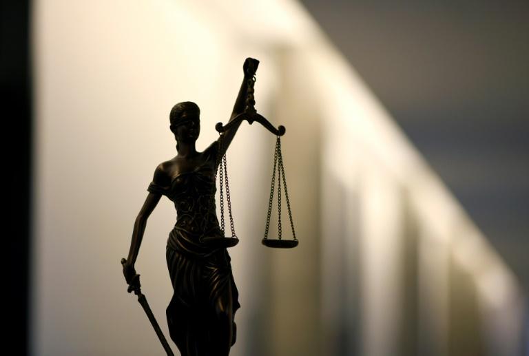 IS-Rückkehrerin vor Oberlandesgericht Frankfurt am Main verurteilt (© 2021 AFP)