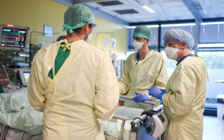 Krankenhausgesellschaft sieht leichte Entlastung in Kliniken (© 2021 AFP)