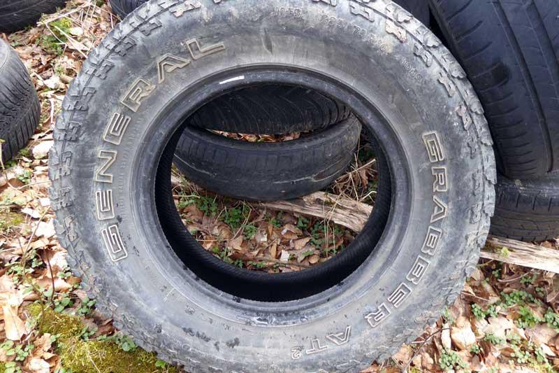 Der Reifen General Grabber AT² M+S 225/75 R16 kommt nach Auskunft eines Reifenhändlers relativ selten vor. (Foto: HSK)