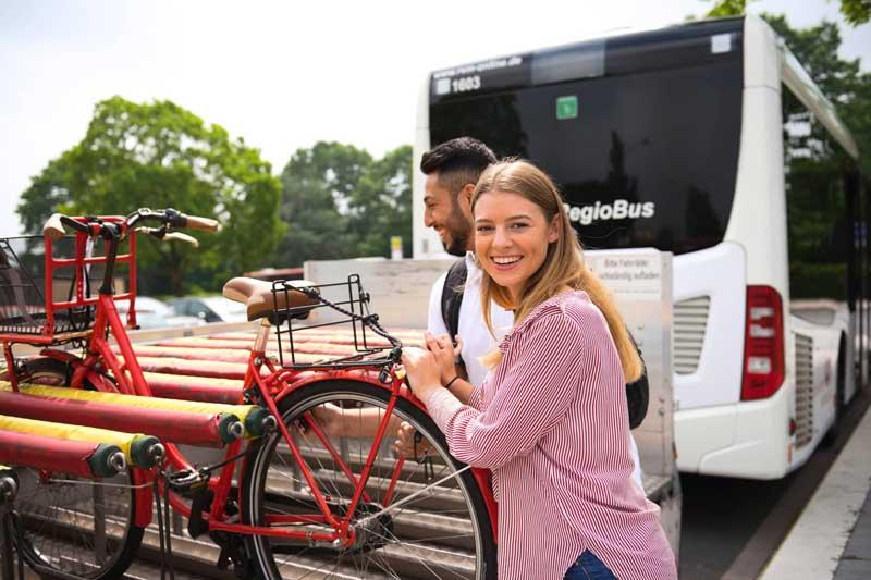 Radtouren mit Bus und Bahn - ganz einfach. (Foto: ZVM Bus)